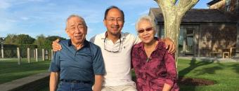 picture of Peter Yu and his parents